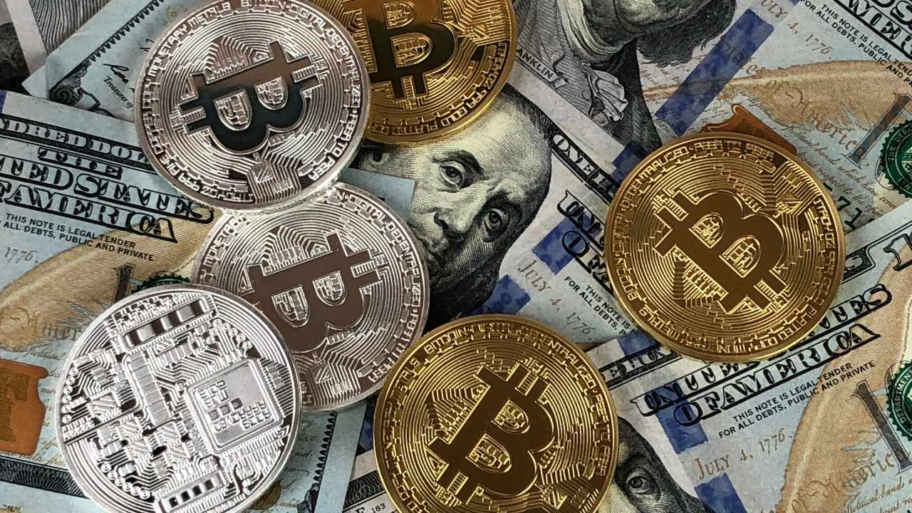 Here's how pro traders use choices to profit from Bitcoin rate corrections