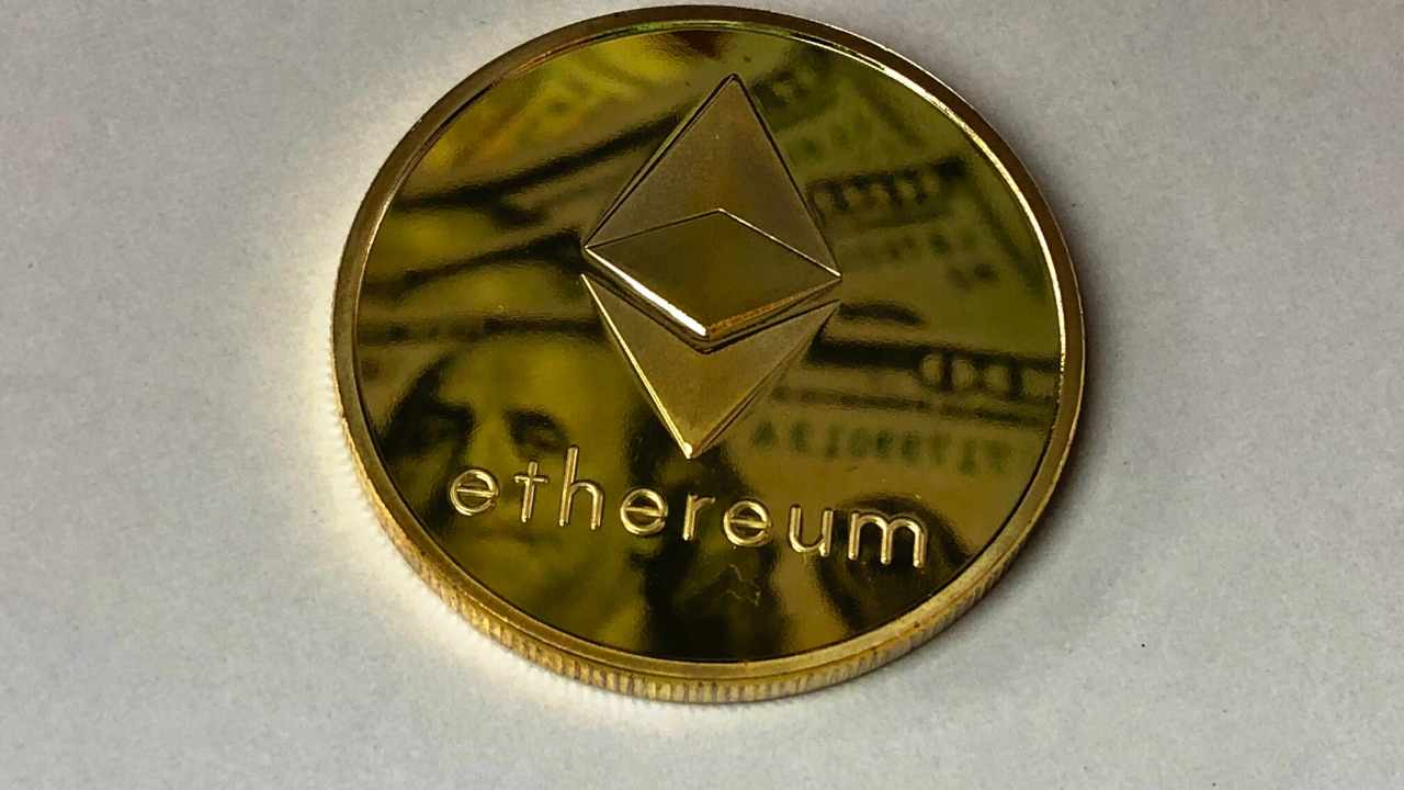 Ethereum breaks out vs. Bitcoin: Why one trader states ETH/BTC looks 'absolutely crazy'